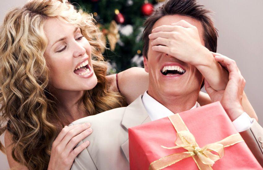 Подарок для мужа на новый год - что подарить на 2018 год