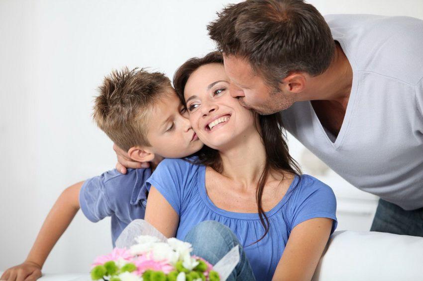 празднование Дня матери в России в 2018 году