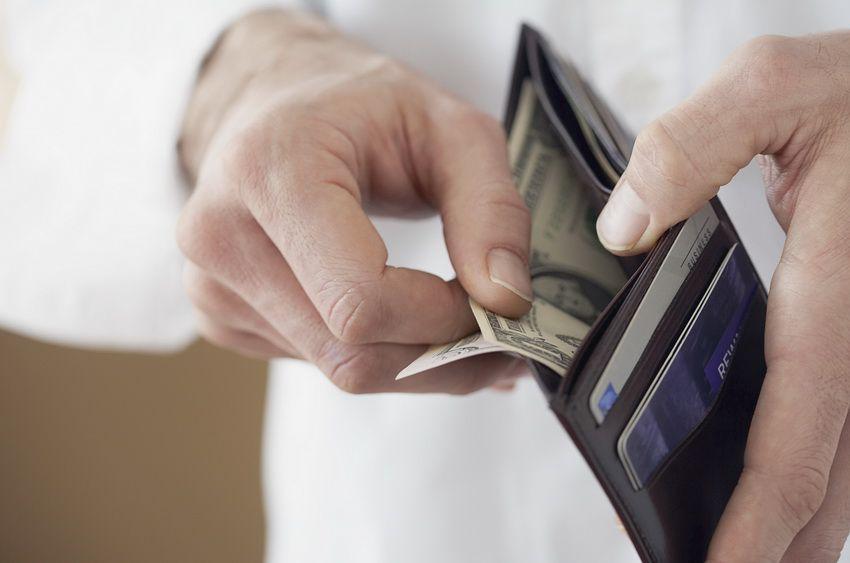 деньги в кошельке - финансовый гороскоп для Весов на 2018 год