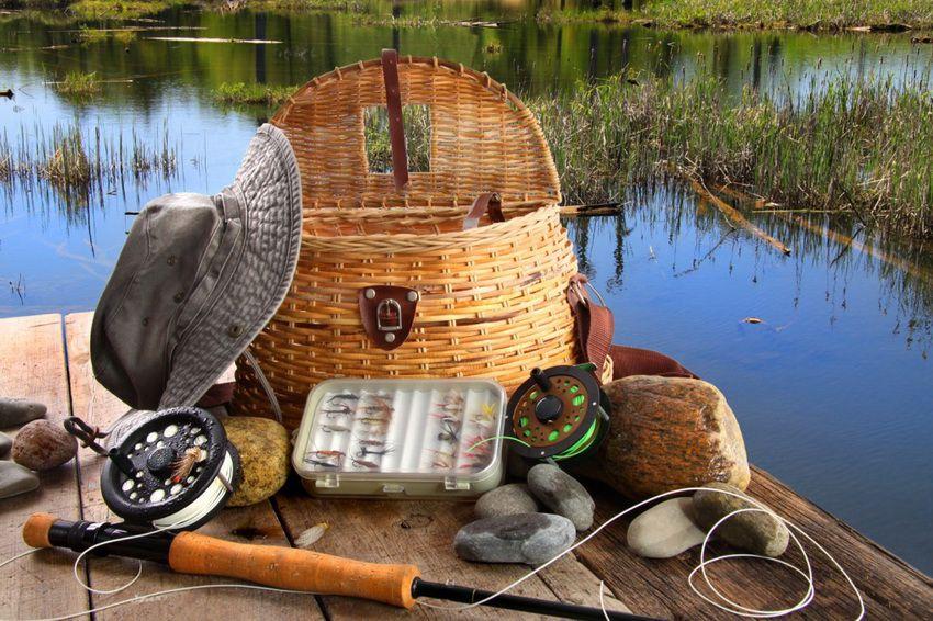 рыболовные снасти - что подарить на Новый 2018 год свекру