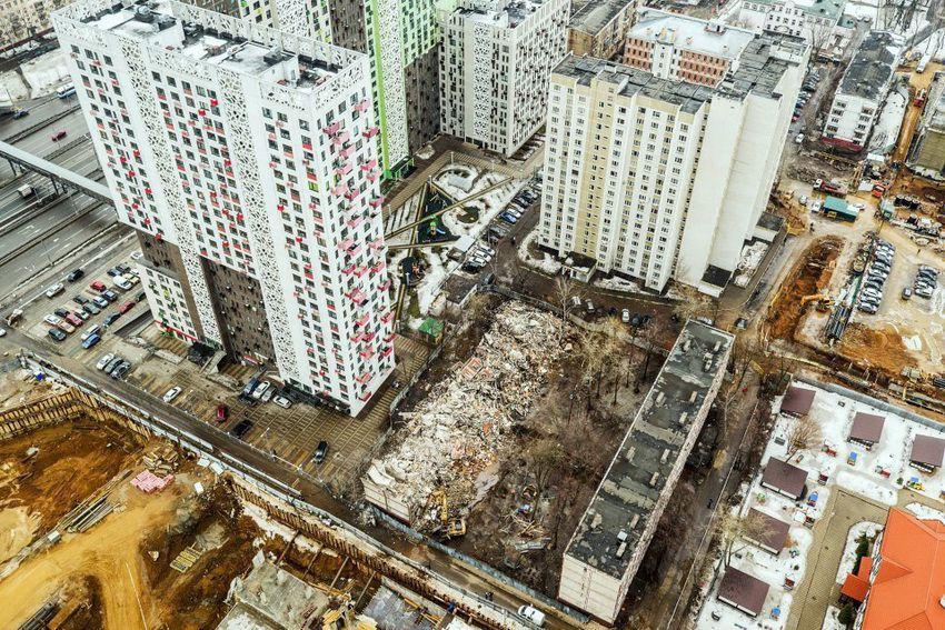 снесенная пятиэтажка в столице