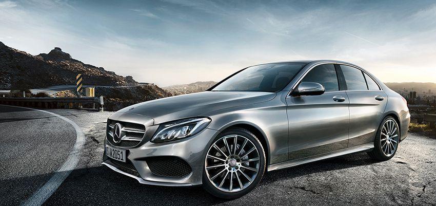 на фото новый Mercedes Benz C class