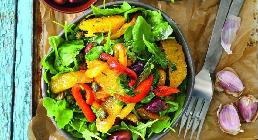 Салат с запеченным перцем - новый рецепт вкусного салата на Новый год 2018